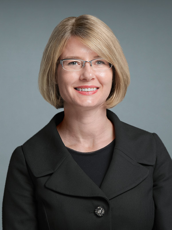 Faculty profile photo of Erika  Bach