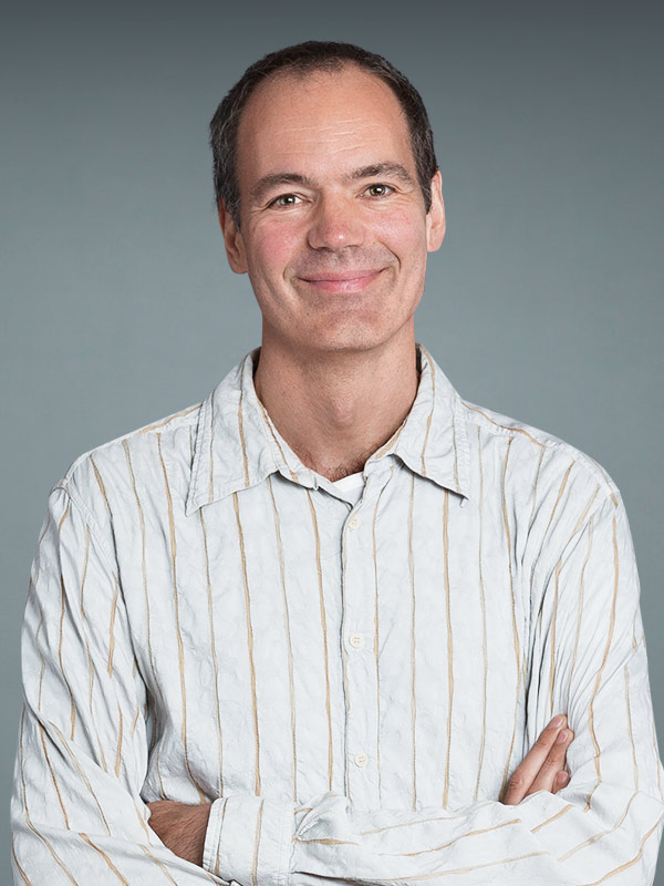 Faculty profile photo of Holger  Knaut