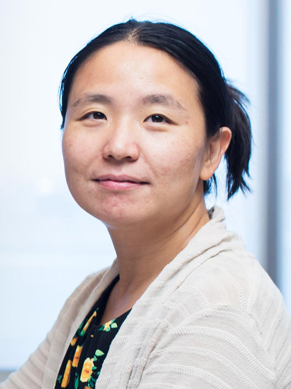 Faculty profile photo of Dayu  Lin