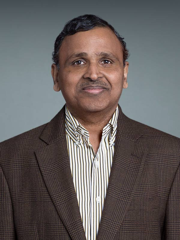 Faculty profile photo of Ravinder R. Regatte