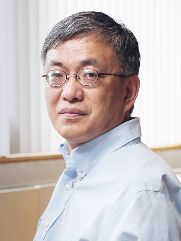 Faculty profile photo of                       Da-Neng  Wang