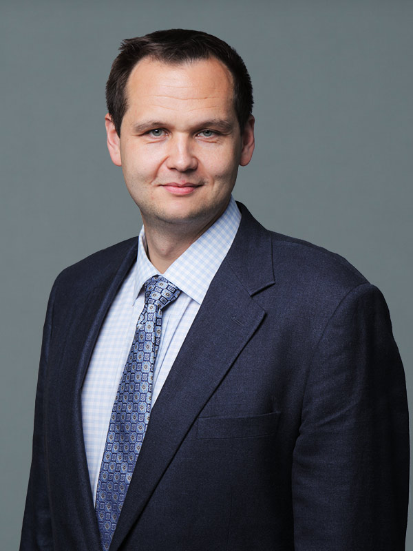 Faculty profile photo of Martin  Sadowski